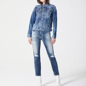 AG the Isabella High Rise Crop Distressed Jean 28